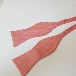Tommy Hilfiger Pink Self tie Bowtie